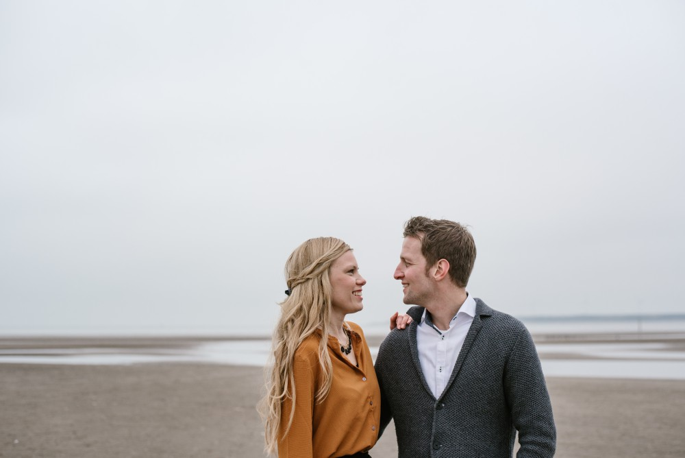 Be mine fotografie loveshoot strand (2)